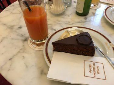 ウィーンでザッハトルテを食べてみた!【カフェザッハー】
